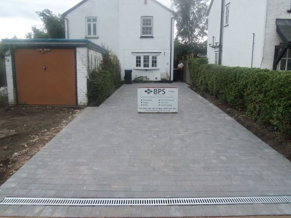 Completed block paved driveway in Byfleet Surrey by Block Paving Surrey