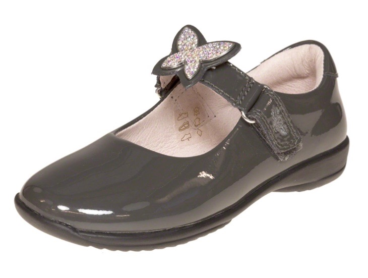 Black patent leather shoes with butterfly motif