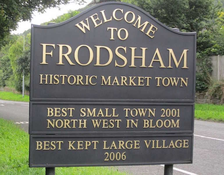 The welcome sign at Frodsham, Cheshire