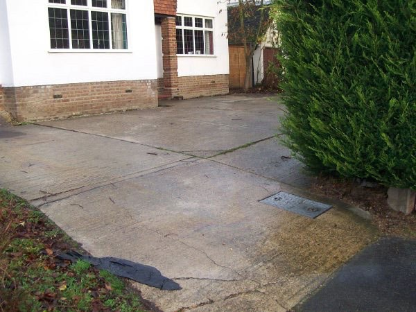 Old driveway in Chertsey