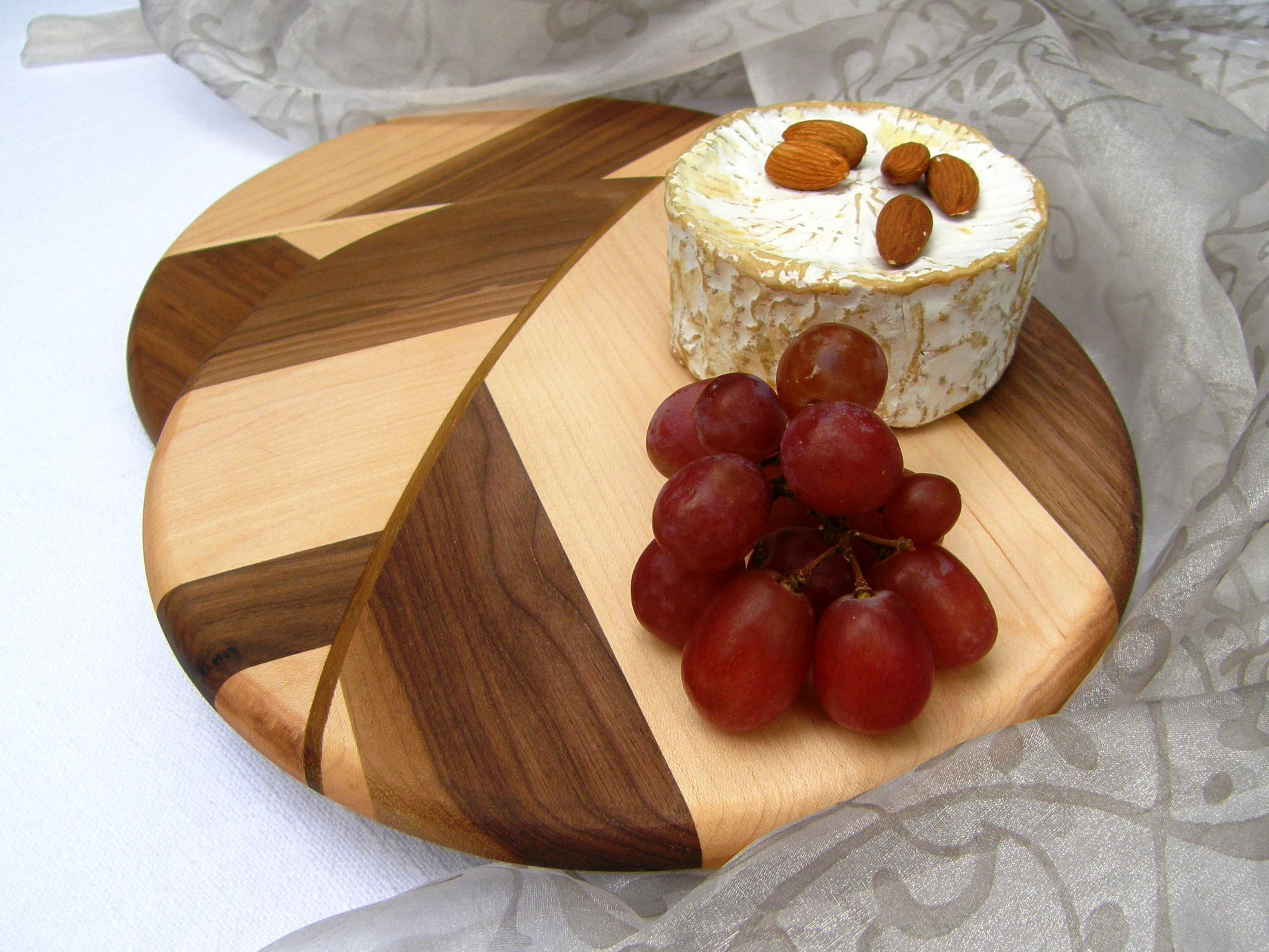 CAFE CREME Cheese Board