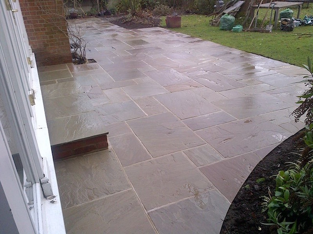 Recommended patio builders Twickenham