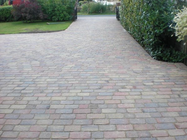 Recommended block paving companies in Shepperton
