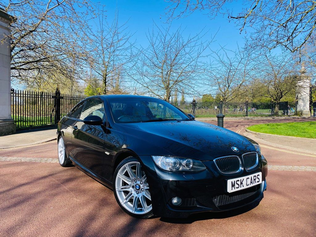 BMW 3 Series 2.0 320i M Sport Highline