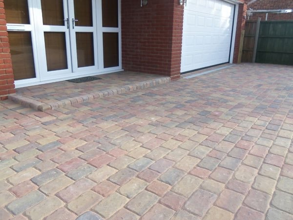 New block paved driveway in Wraysbury