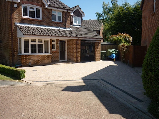 Block paving companies Walton on Thames