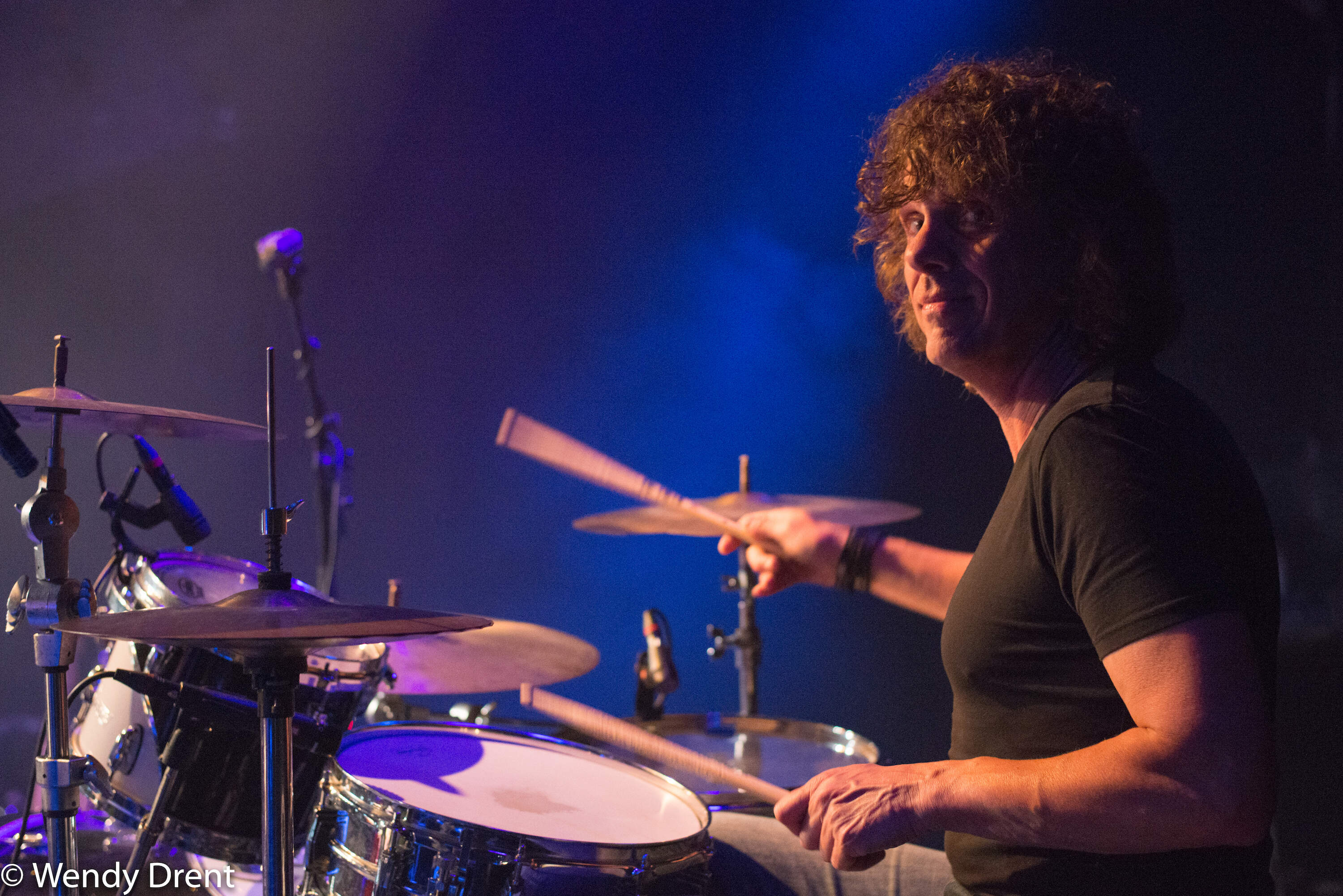 drummer, veldman brother, wendy drent, band, event, music, drum, event photography, haarlem, patronaat, live music