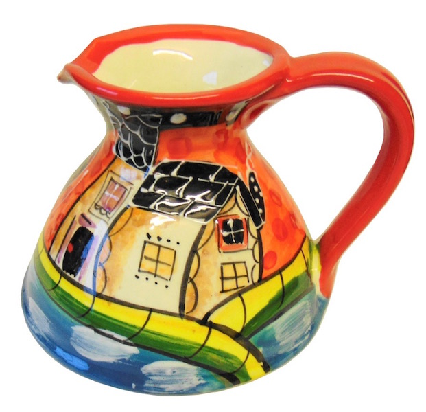 Flat-based jug from the Picasso range