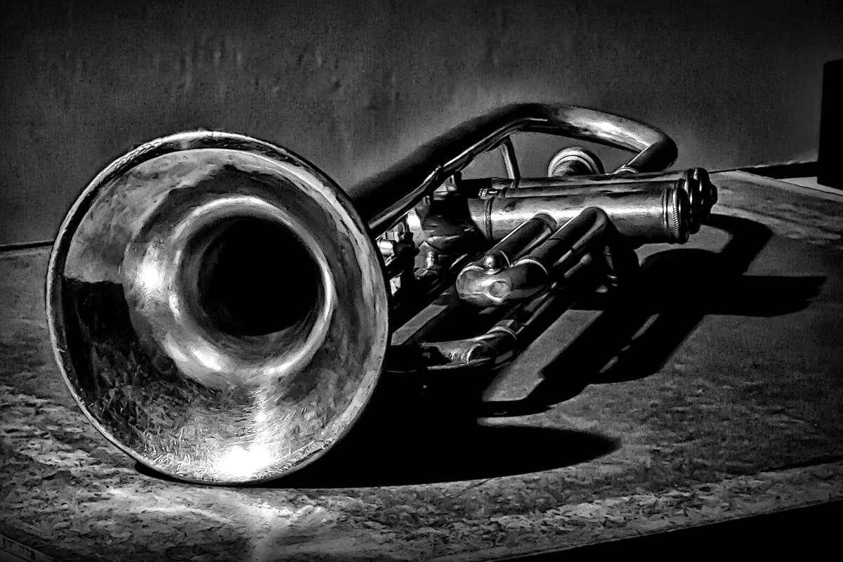 100_year_old_trumpet_0jpg