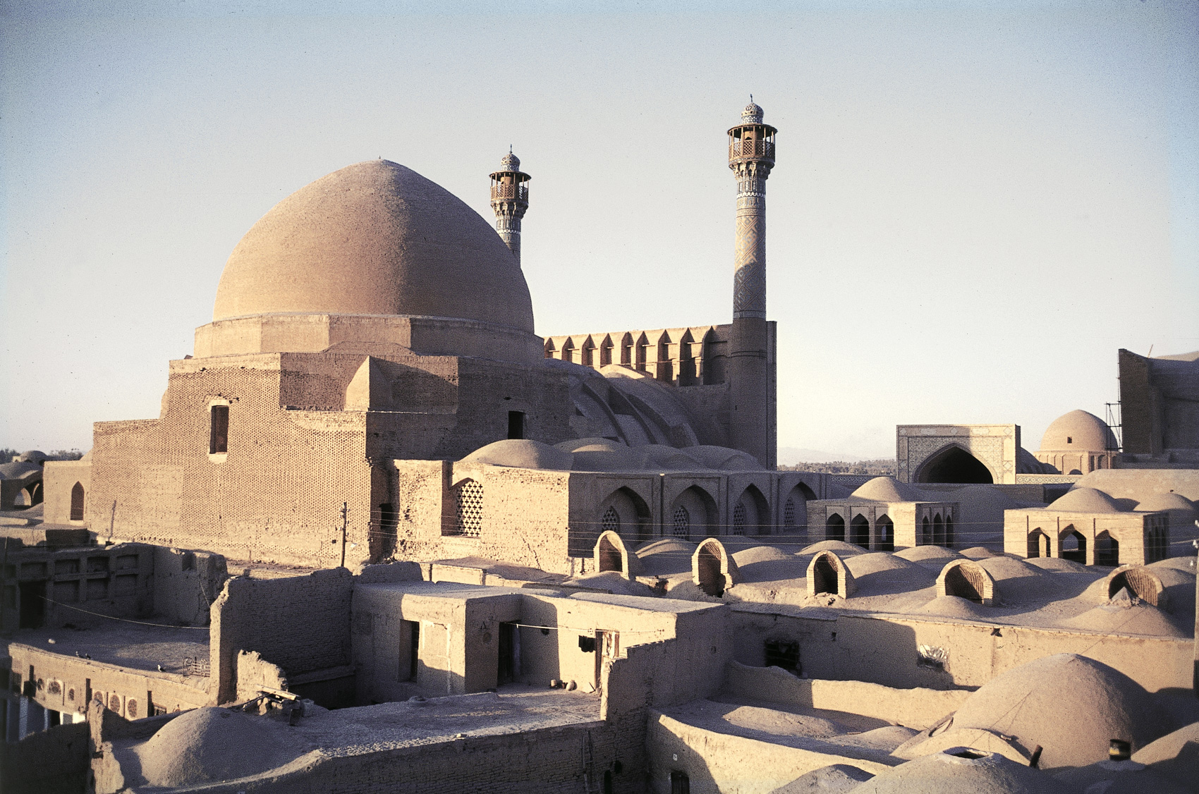 Ancient-Building-in-Iranjpg