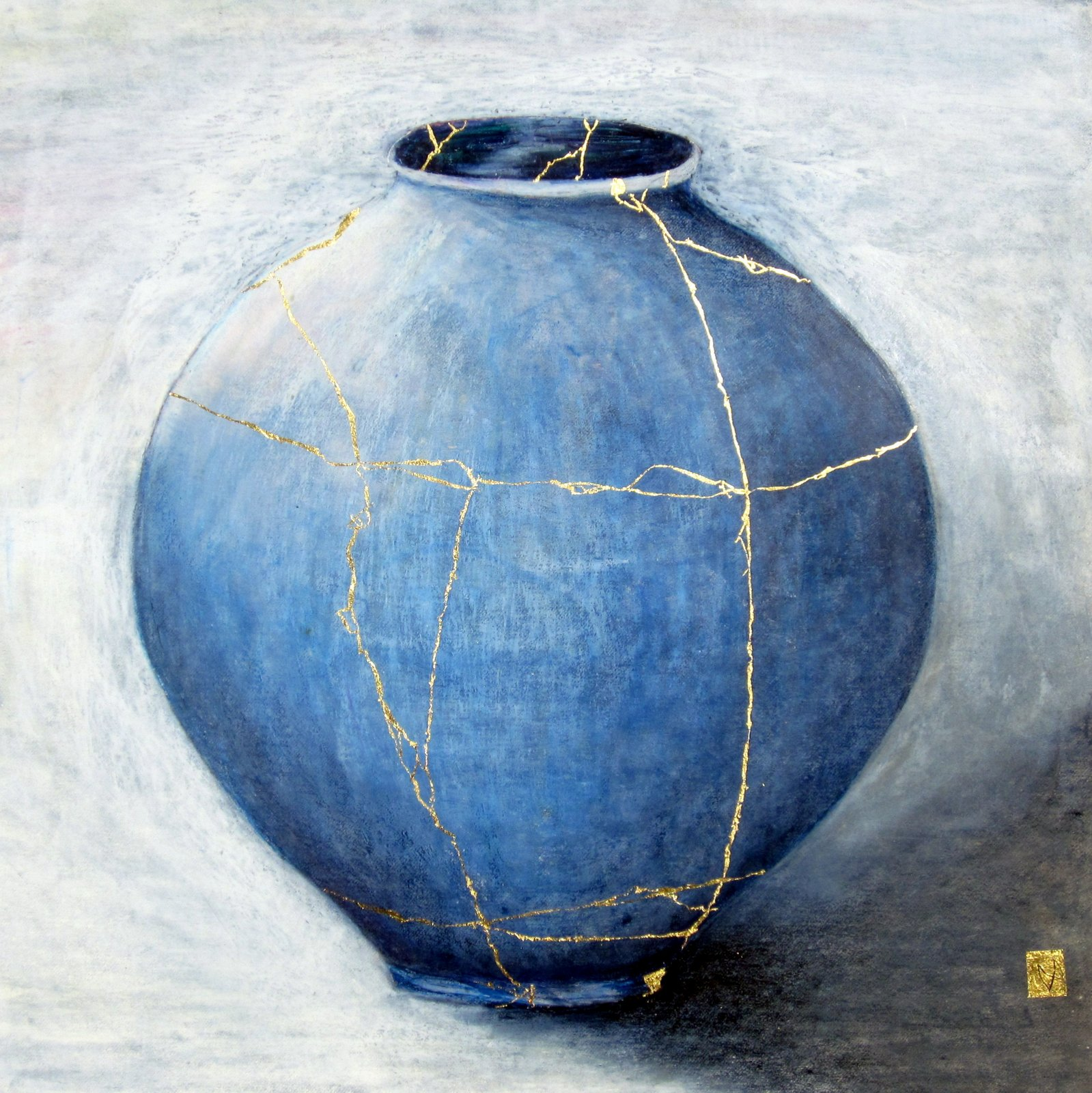 Contemporary large kintsugi vessel with gold repair – light and dark blues on grey