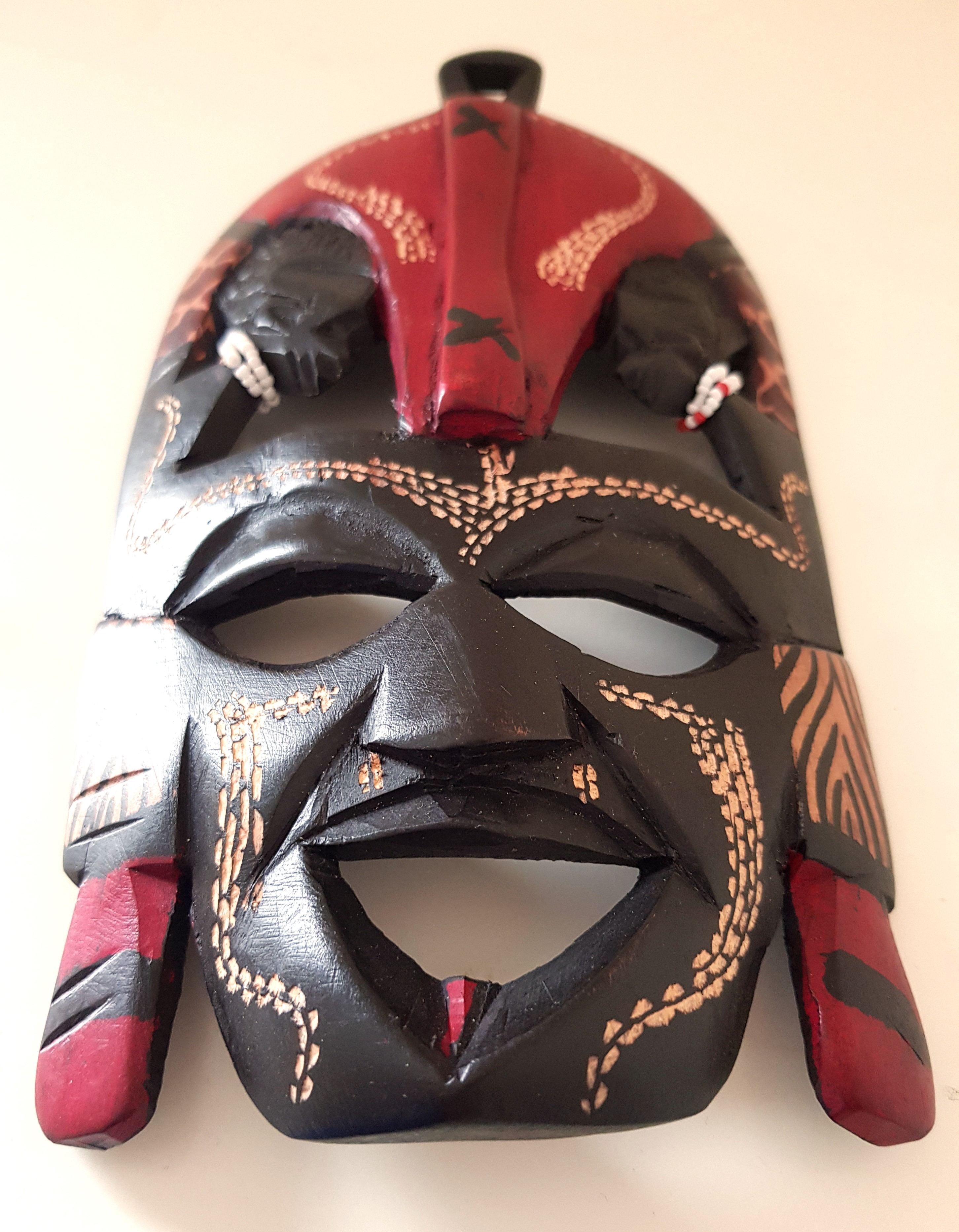 African Maasai Kissing Mask