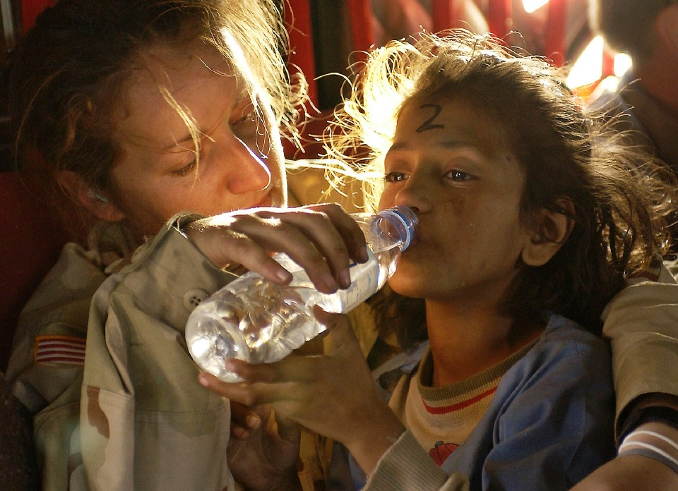 humanitarian-aid-939723_960_720jpg