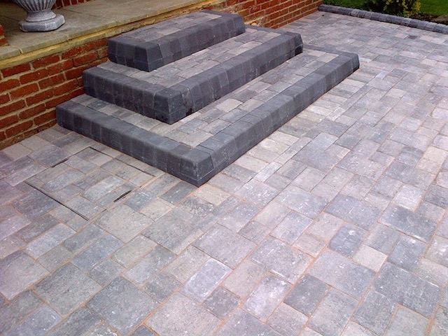 Recommended driveway installers in Datchet, Berkshire