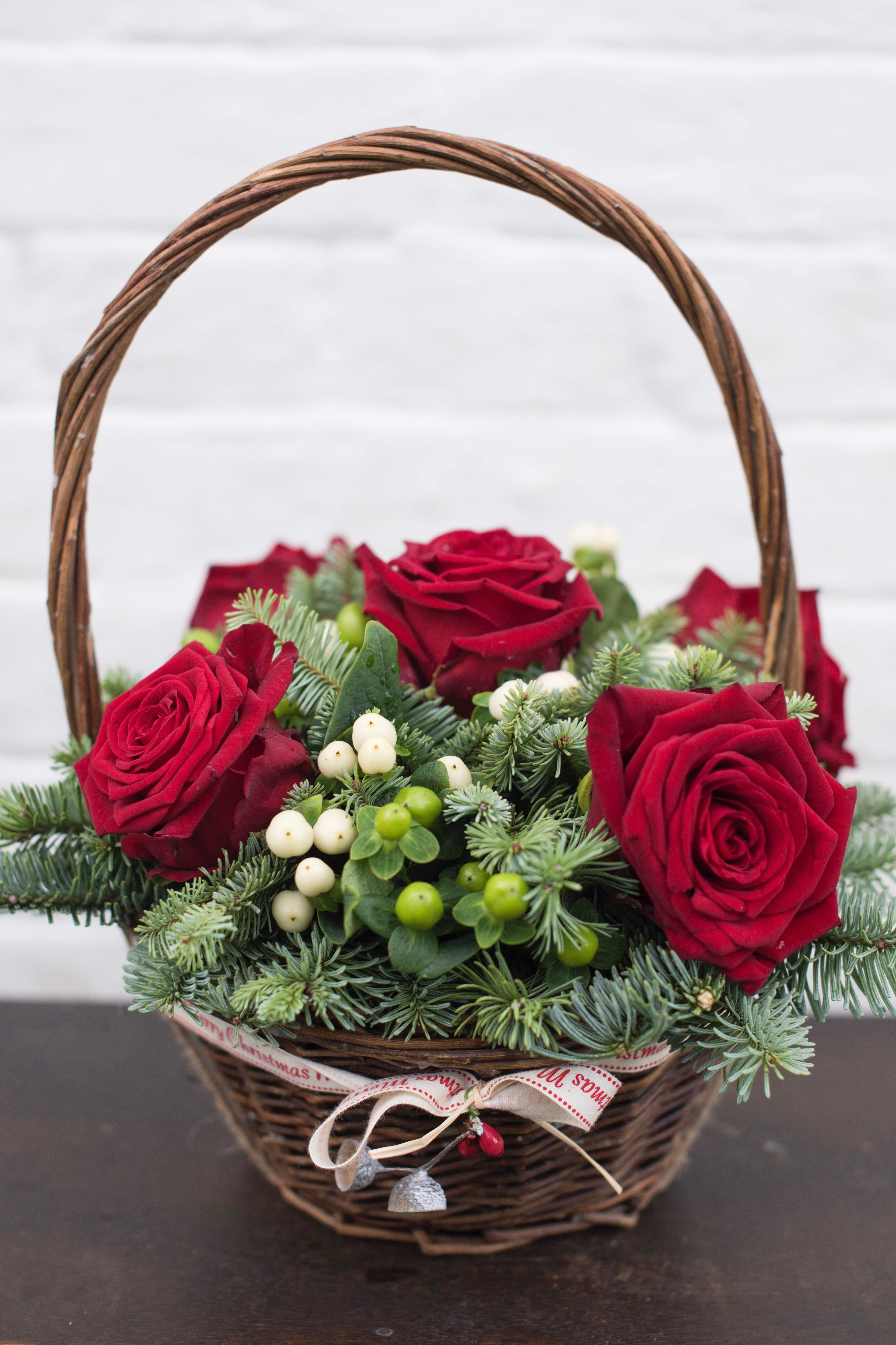 Merry Berry Rose Basket- £ 45