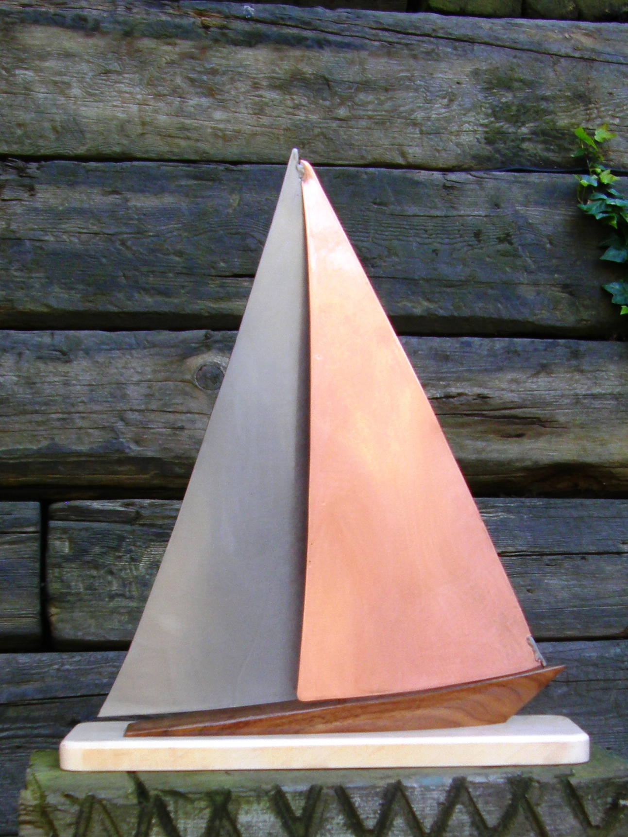 Limited Edition Yacht Model on Port Tack - 460x400mm