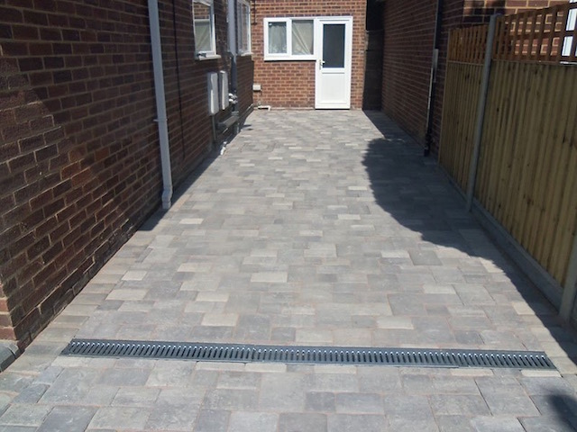 Recommended driveway companies Lightwater, Surrey