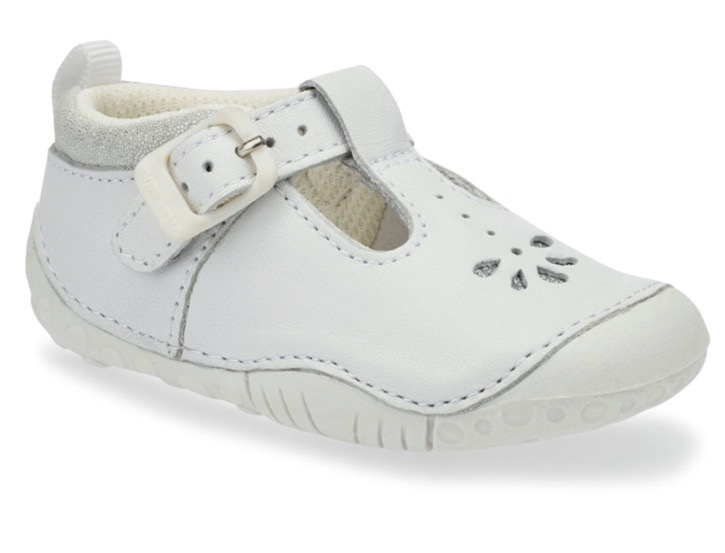 White leather shoes for baby girls