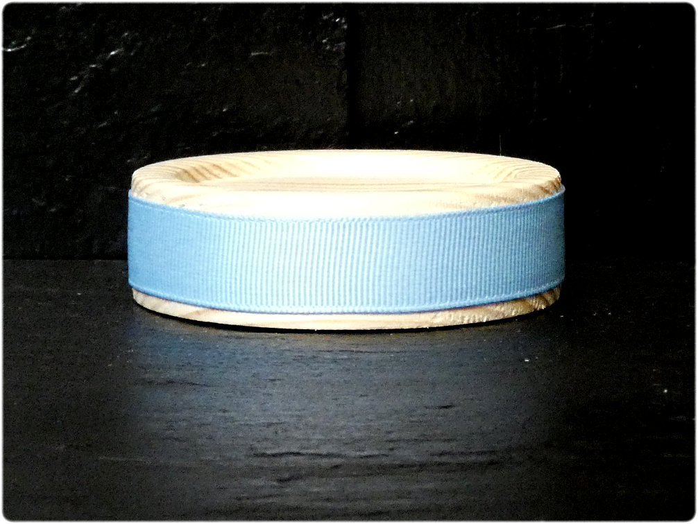 Lace is available in Pink and Blue. This base is suitable for all our candles.