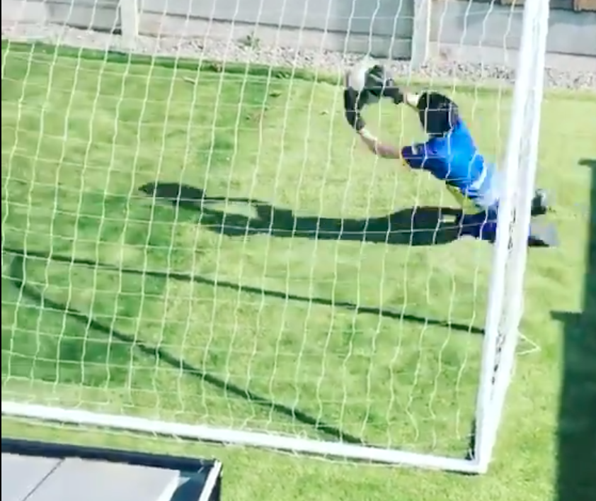 The young goalkeeper that went viral