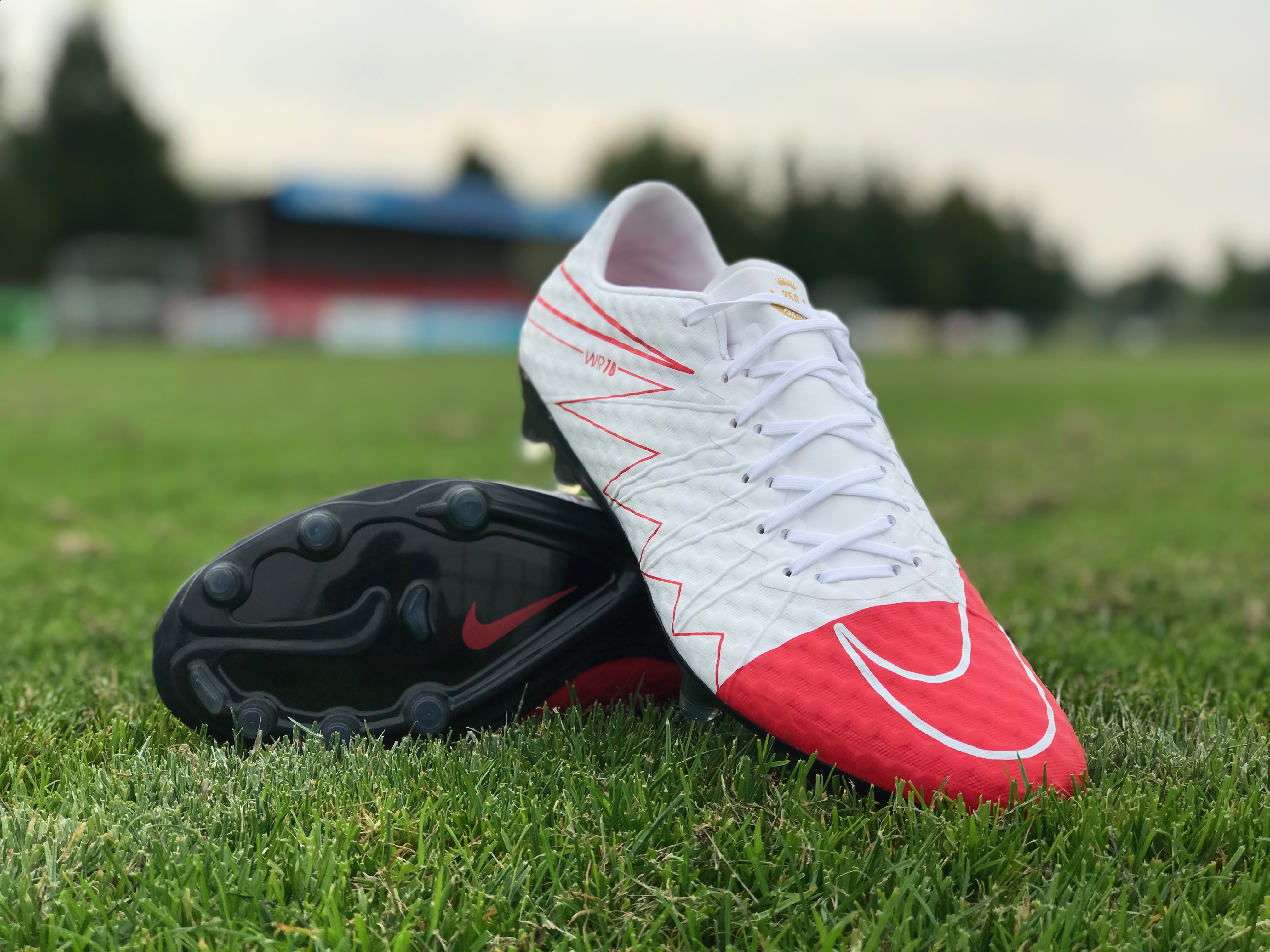 save off 24c3d c5077 2017 Nike Hypervenom Phinish FG WR250 - White/University Red LIMITED EDITION