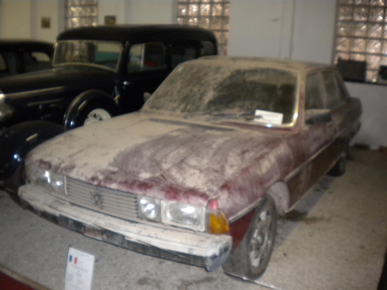 Peugeot 604 rot museum 20100614 131 Grojpg