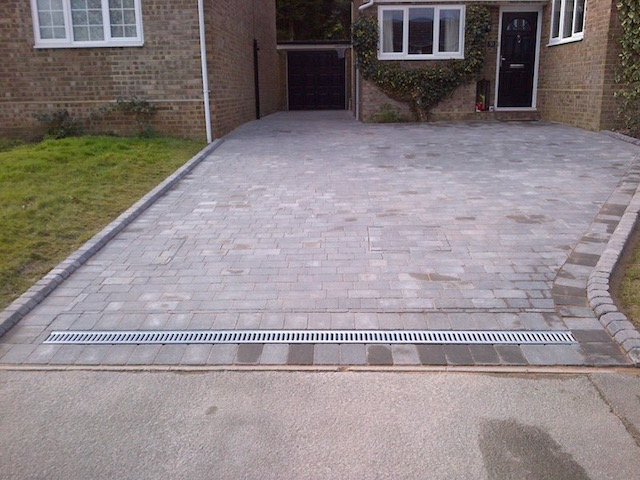 Block Paving Surrey, Lightwater
