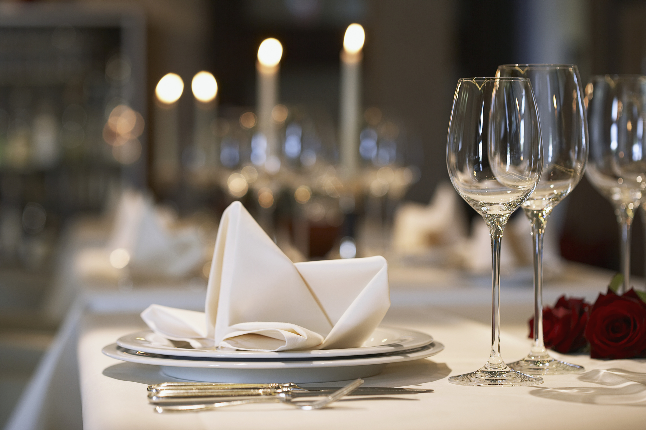 napkin-on-plate-at-elegant-place-settingjpg