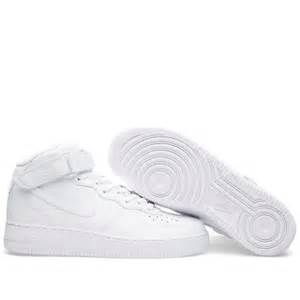 Nike Air Force 1 MID Boot Triple White