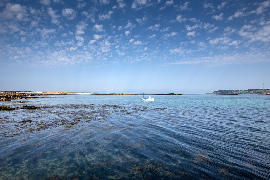 Calm waters bathed in blue around Broad and Yellow Ledge near Carn Near Quay. Stock Image ID: 2765