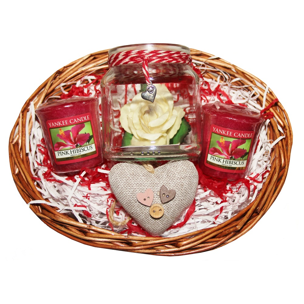 Small Favours, Gift Basket