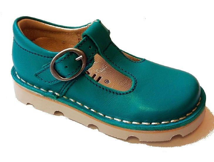 Emerald green leather shoes for baby girls in a Mary Jane style