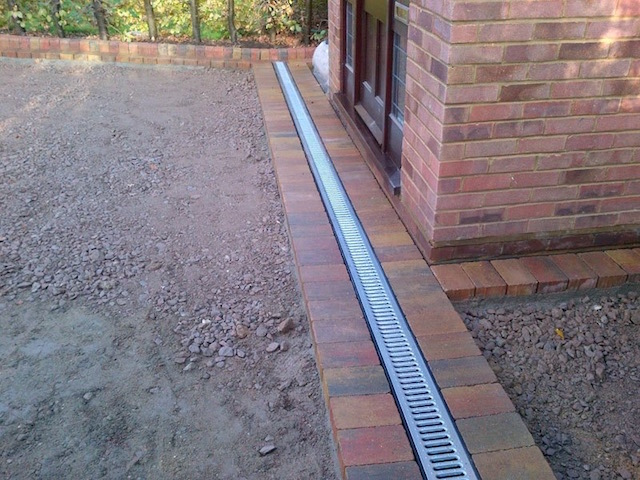 Construction of new driveway in Block paved driveways Addlestone, Surrey