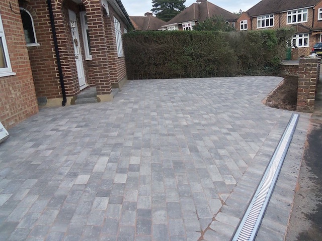 New block paved driveway Guildford, Surrey