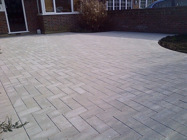 Good block paving firms New Haw, Surrey