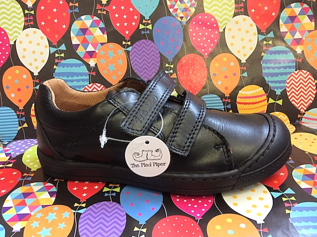 Leather Froddo trainer-style shoes for boys with double Velcro strap