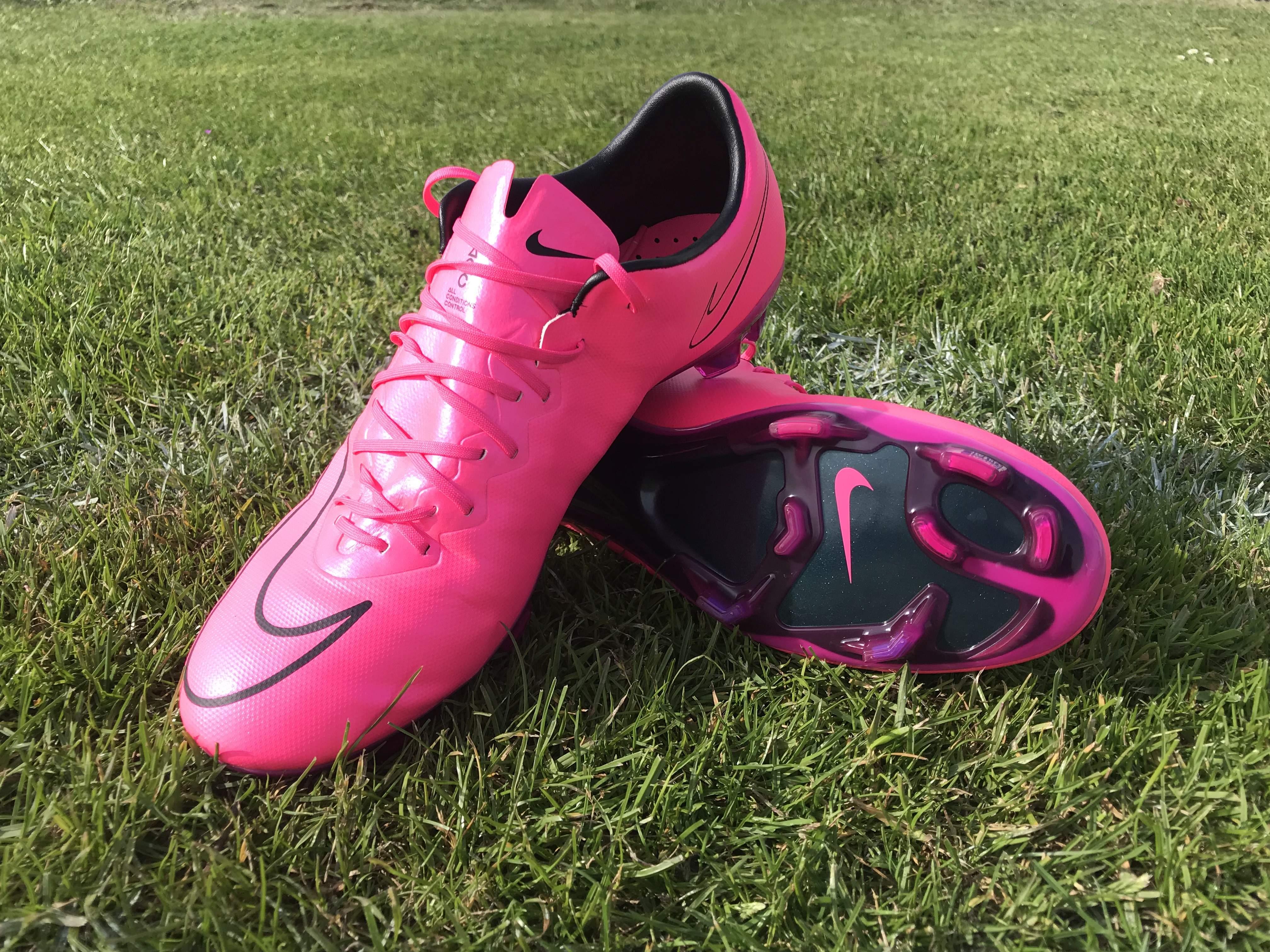 official photos 75c4b 70db7 Nike Mercurial Vapor X Lightning Storm ACC FG - Hyper Pink ...