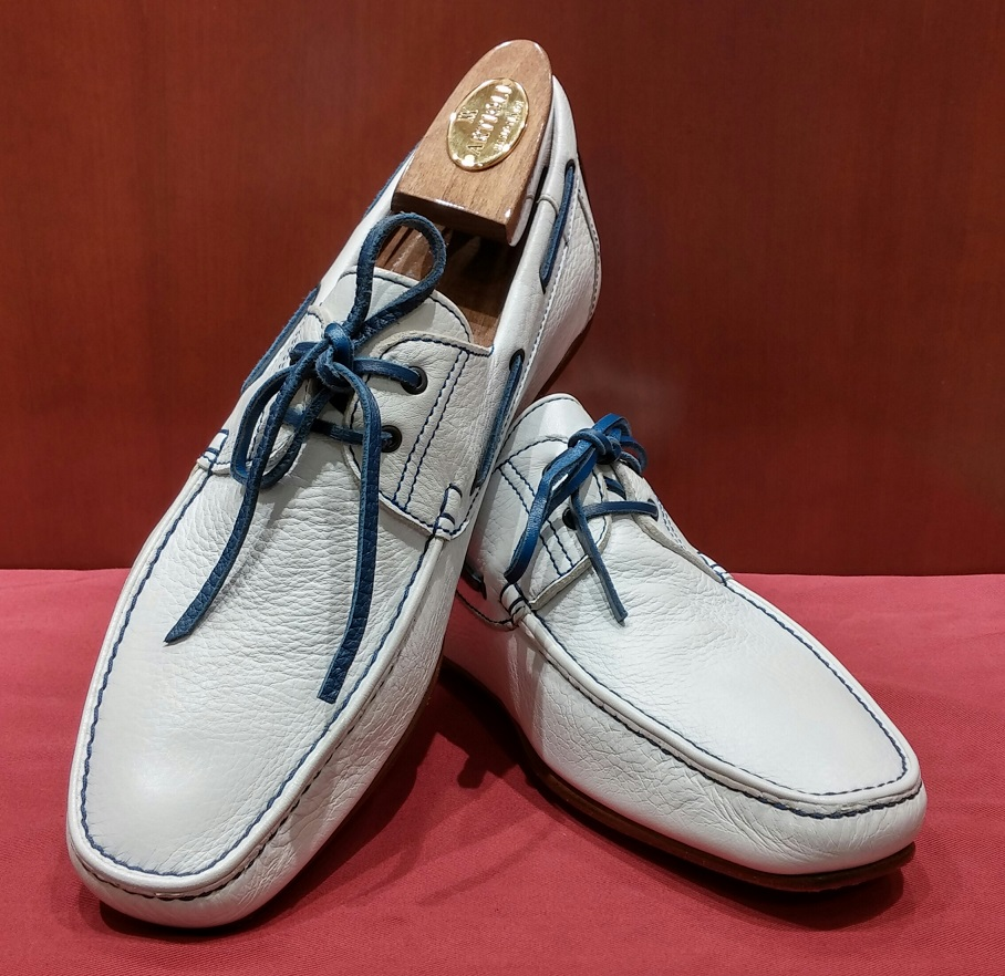 Driving Shoe Model 551 White & Blue