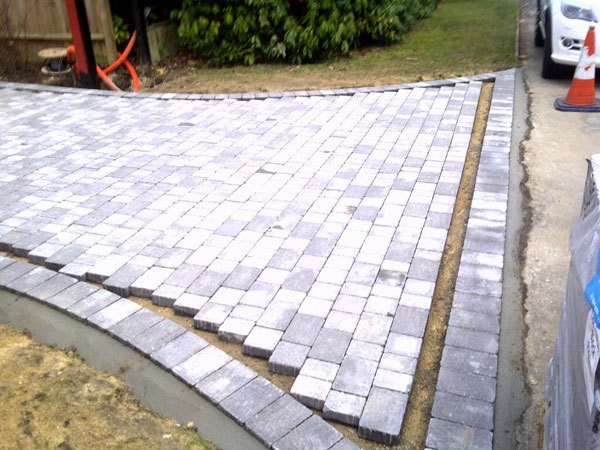 Block paving companies in West Byfleet