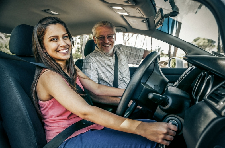 Become a driving instructor in Crawley