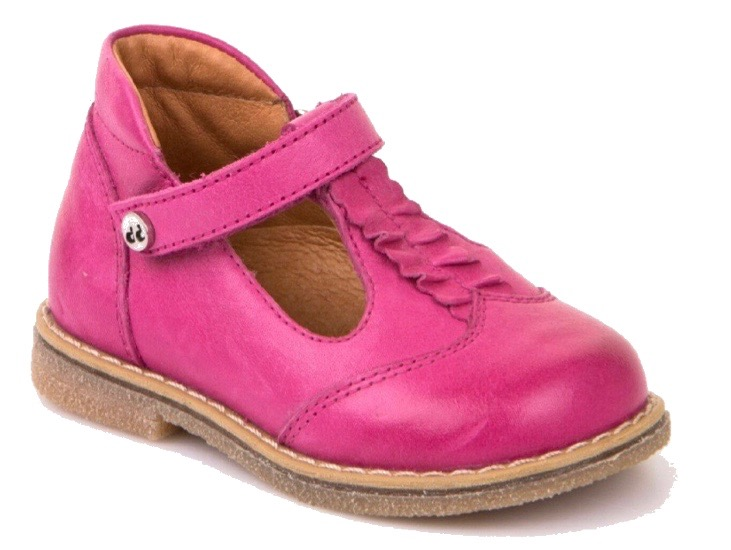 Comfy pink leather shoes for a baby girl