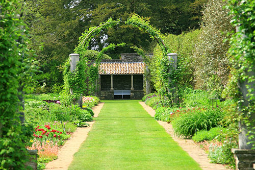 Formal Garden with Archways throughout