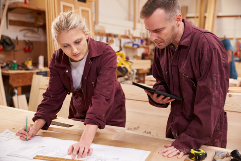 Shop Fitting/Site- NVQ Diploma Level 2 Shop Fitting- Site Work QUB901