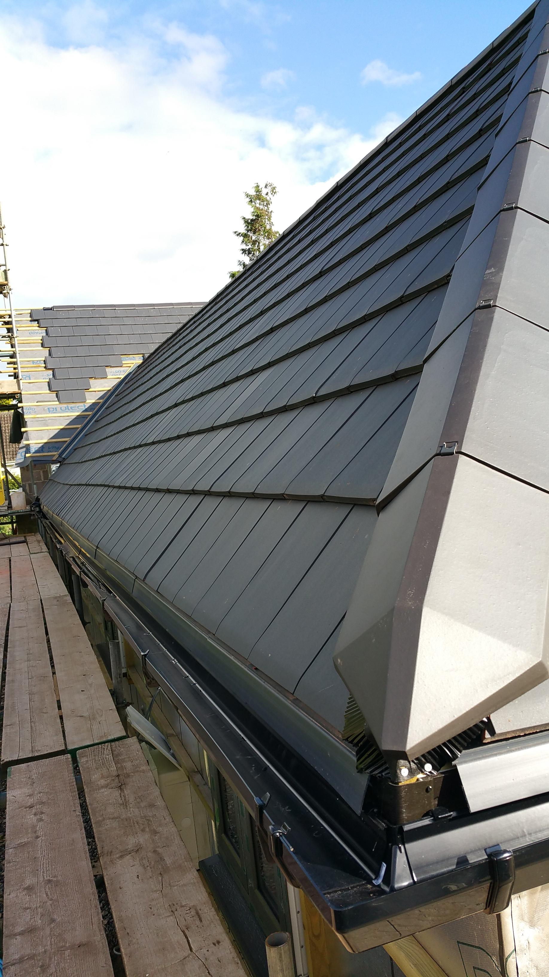 Verea slate clay tiles, CS PL2 vented ridge tiles