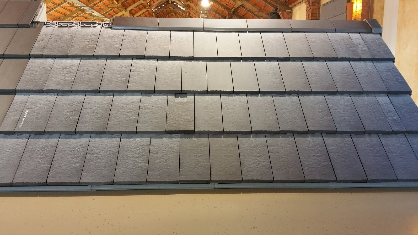 CS Plasma TX5 Ardosia slate textured clay tile with light shading for a weathered slate look