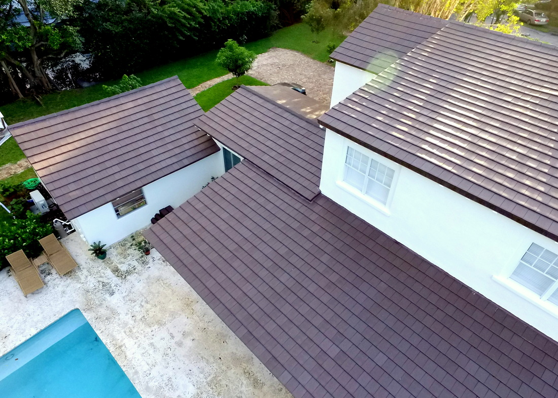 Verea graphite brown clay roof tile