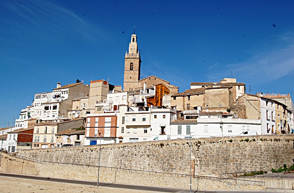 Albaida townscapes workshop vacations europe painting www.paintonholiday.com