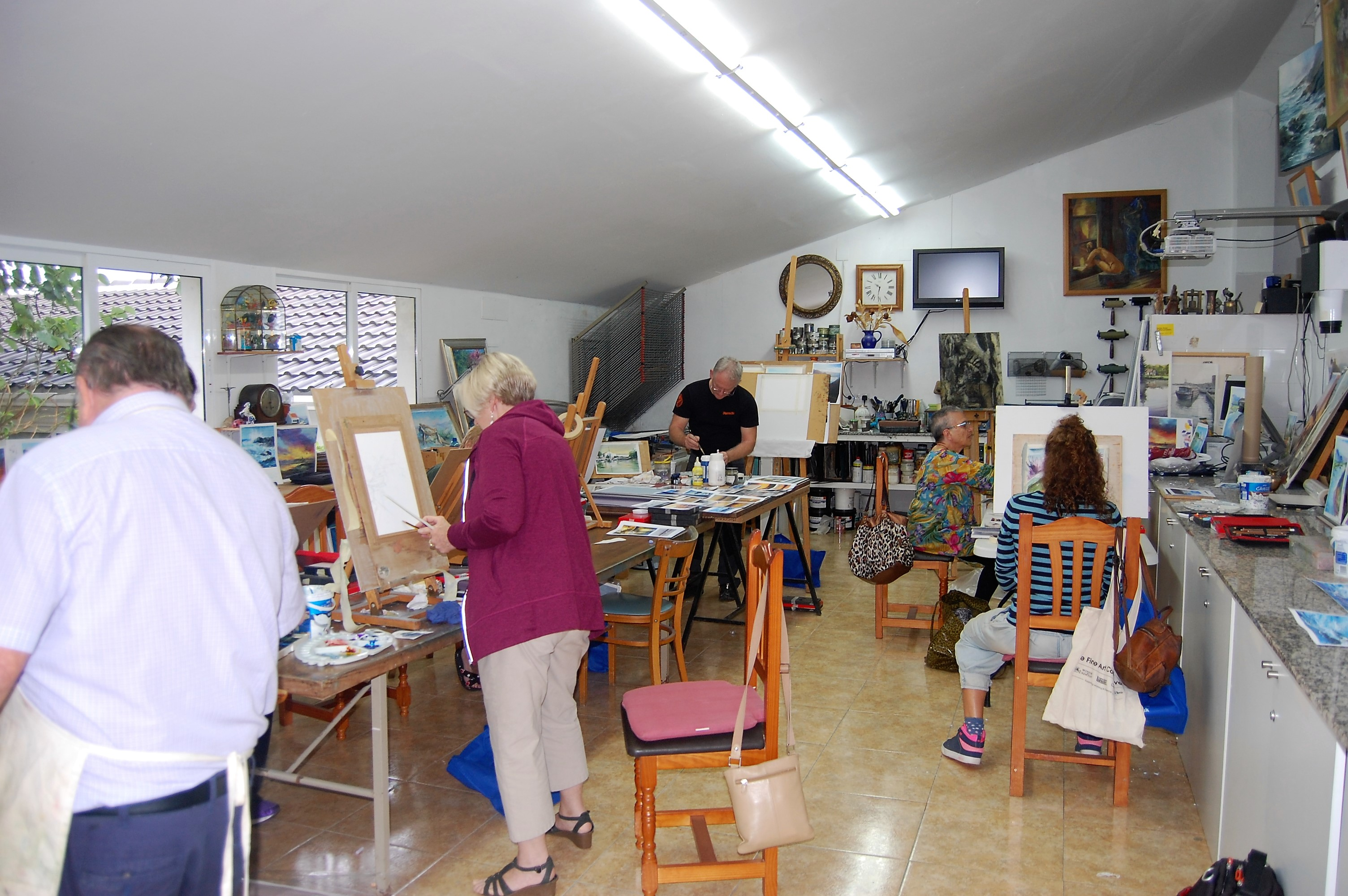tutored art classes and workshops vacations www.paintonholiday.com