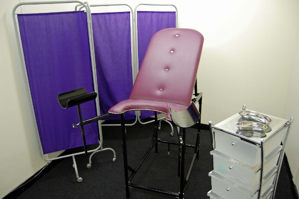 Gyne Chair (adjustable, fully reclines)