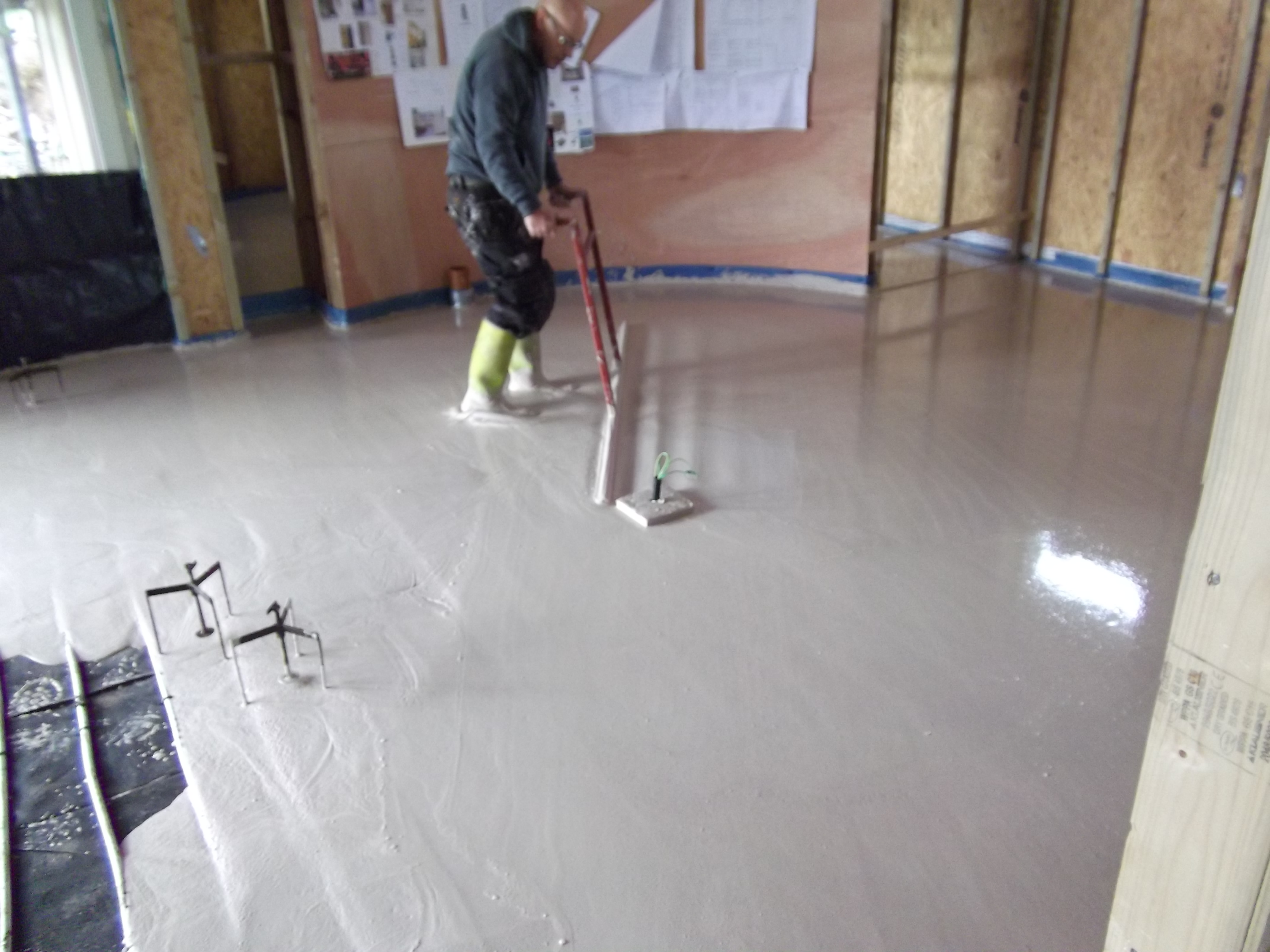 bathroom floor screed ccf midlands fluid ufh fluid plumbing fluid bathrooms 10681
